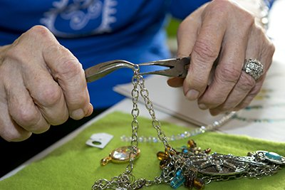 Gen hand makes every piece of jewelry
